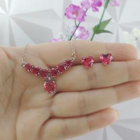 Conjunto colar e brinco de coração vermelho prateado