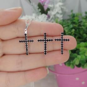 Conjunto colar e brinco folheado a prata crucifixo strass