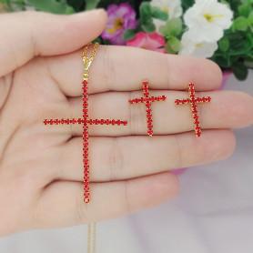Conjunto colar e brinco folheado a ouro crucifixo vermelho